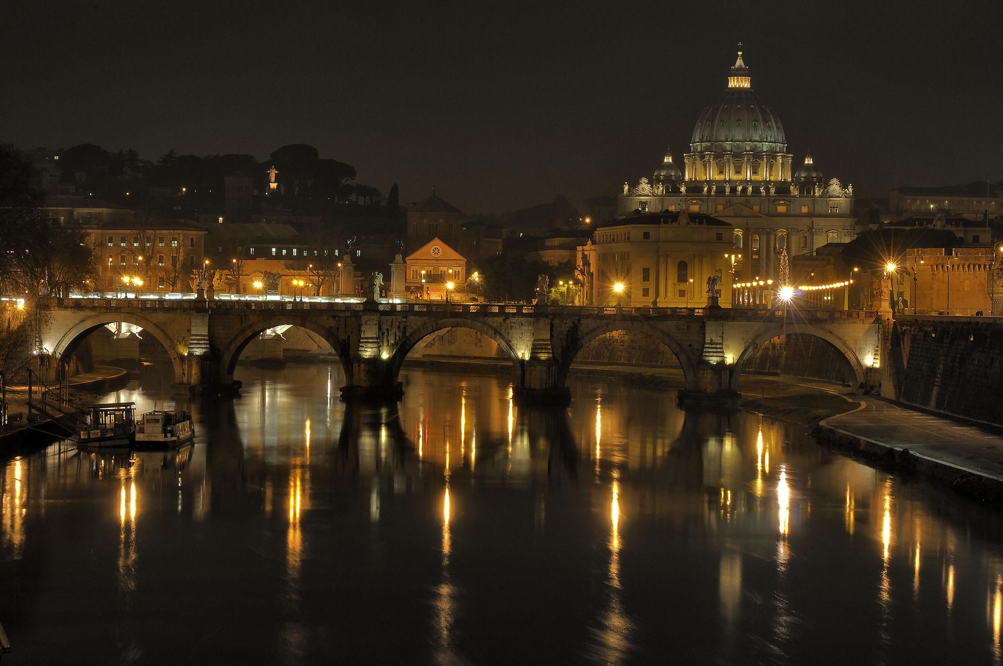 OmoGirando Roma e il Tevere