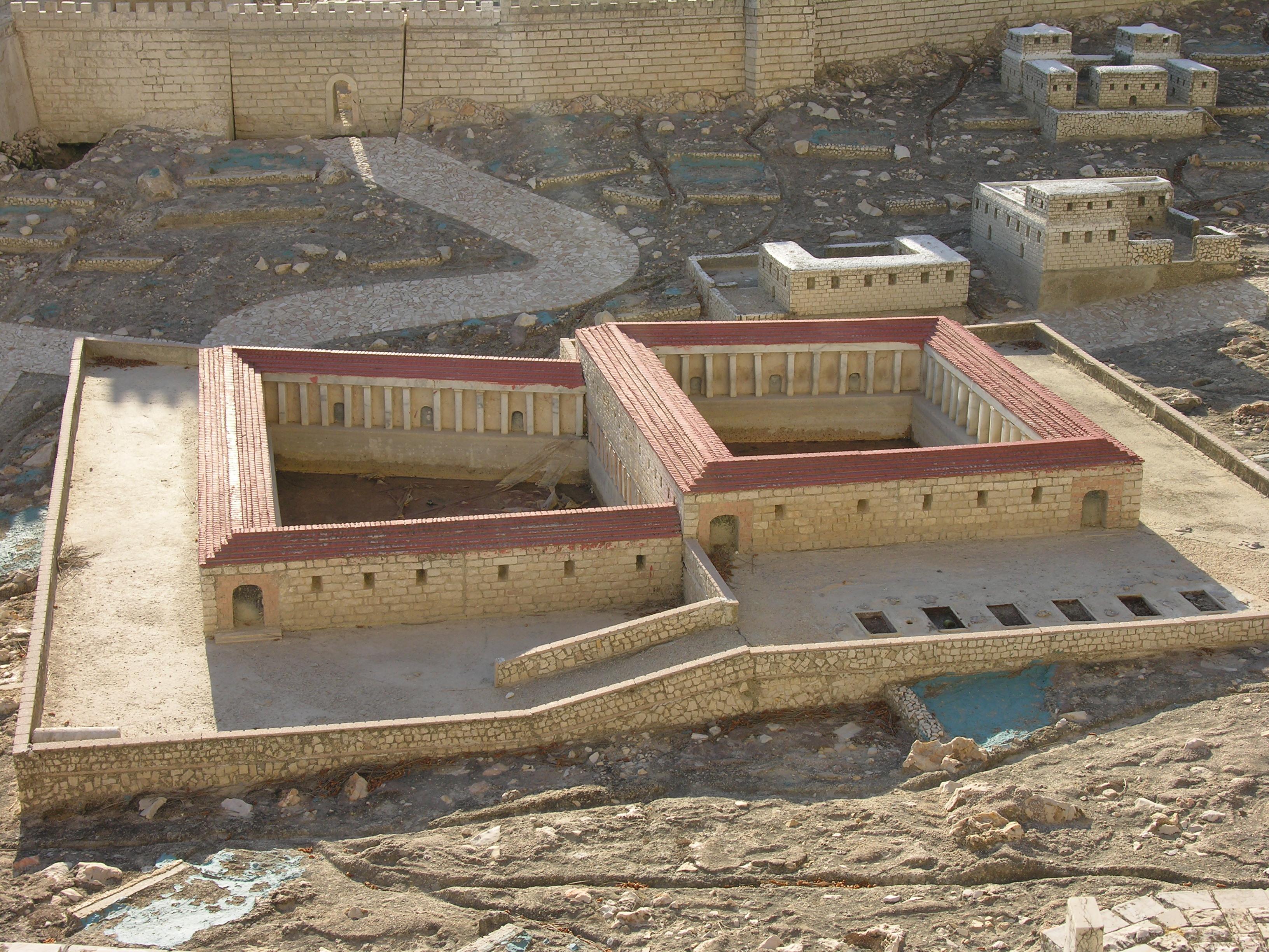 La piscina probatica nella ricostruzione del plastico dell - Piscina oristano ...