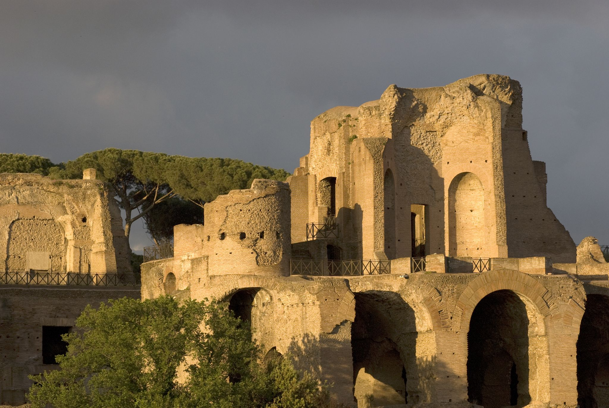 Il Palatino, laddove bellezza e ferocia s'incontrarono per scrivere la storia di Roma - visita guidata con biglietto d'ingresso gratuito domenica 07/02/16, h 11.00