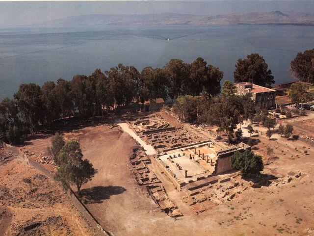 Cafarnao, dall'alto, prima della costruzione della nuova chiesa